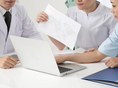 写真:医師・ケアマネジャー・介護スタッフ連携体制によりチーム医療に貢献